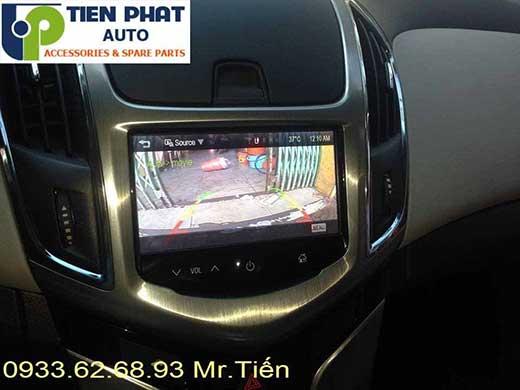 Camera Lùi De Tích Hợp Vào Màn Hình Cho Xe Chevrolet Cruze LTZ Đời 2016